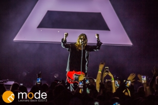 30 Seconds to Mars performs at Freedom Hill Sterling Heights Michigan on Oct 05 2013