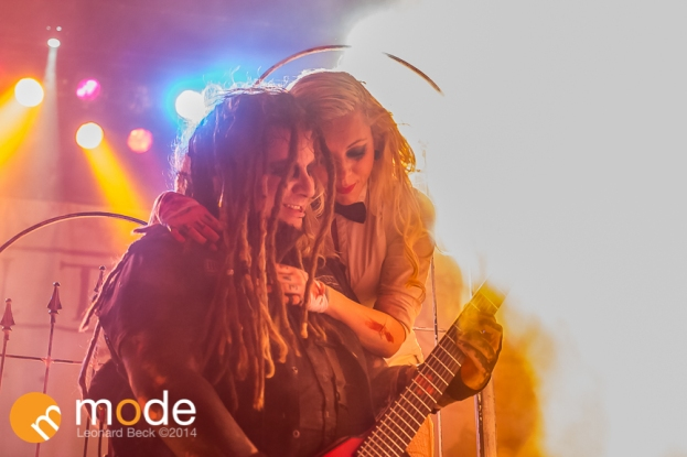 Vocalist MARIA BRINK Lead Guitarist CHRIS HOWORTH In This Moment performs at Royal Oak Music Theatre in Michigan on Jan 14th 2014