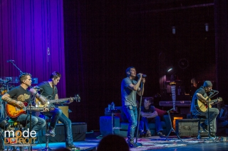 3 doors down perform Acoustic on the Songs from the Basement Tour Feb 9th 2014